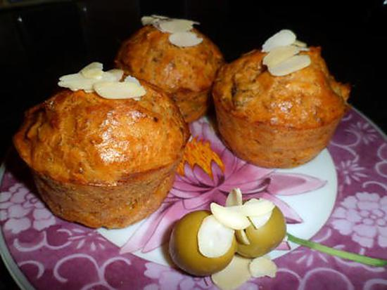 recette de muffins au thon et aux amandes. Black Bedroom Furniture Sets. Home Design Ideas