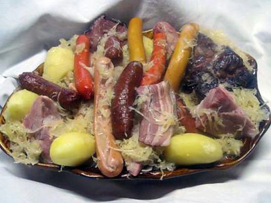 Recette de choucroute alsacienne maison - Alsace cuisine traditionnelle ...