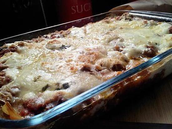 Recette de lasagnes la bolognaise et 4 fromages - Lasagne facile et rapide ...