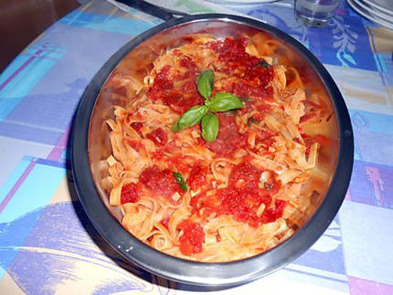Tagliatelle aux deux tomates 430