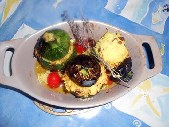 recette Courgette ronde farcie au riz et raisins secs