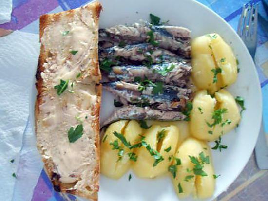 Mini maquereaux grillés pain beurre salé 430
