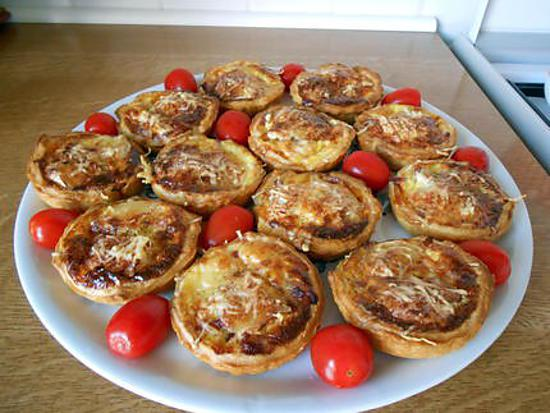 recette de tartelettes ap ro lardons camembert. Black Bedroom Furniture Sets. Home Design Ideas