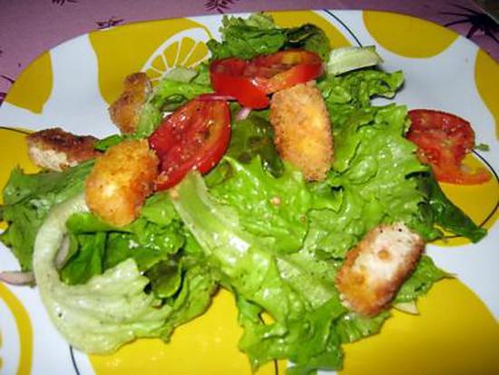 Recette de salade verte aux nuggets - Salade verte composee ...