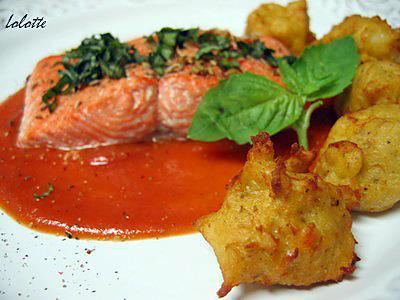 recette Saumon, coulis de tomates rôties et pommes dauphines à la patate douce et au romarin
