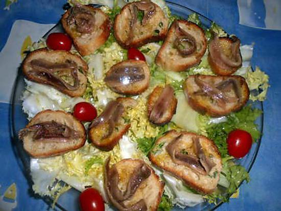 recette Frisée croutons aux anchois