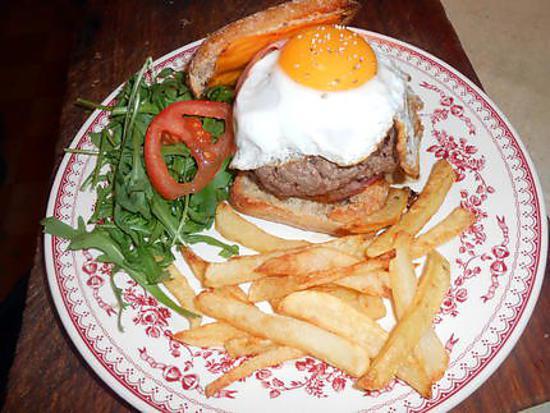 recette Cheesse bacon burger à cheval