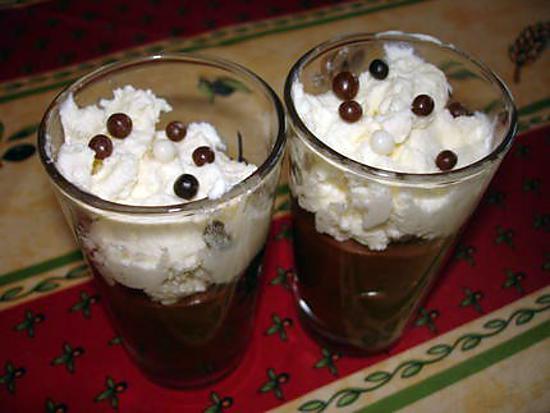 recette Mousse au chocolat et chantilly maison