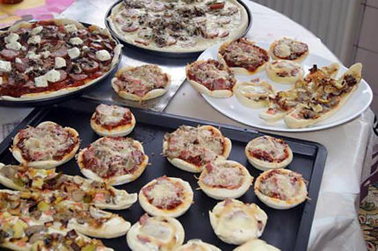 recette Pizzas diverses ou pizzasparty !