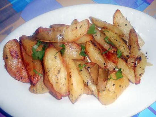 Pommes de terre sautées origan laurier 430