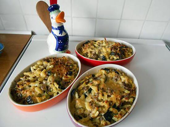 recette Gratin de coquilletts et cougettes au boeuf moutardé.