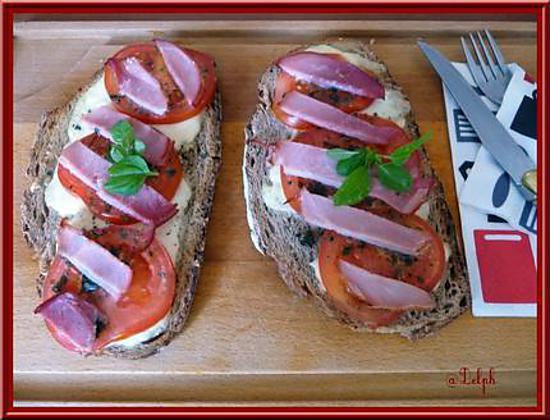 recette Tartines à la mozzarella, tomate et bacon