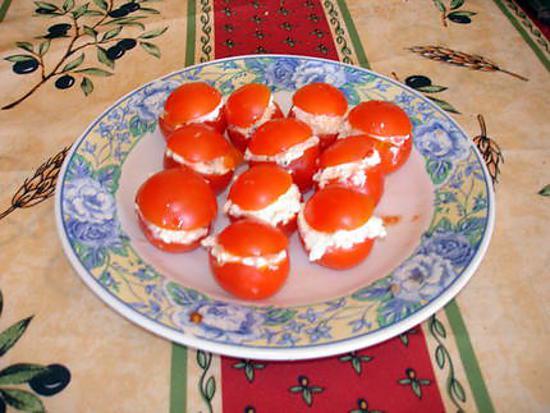 recette tomates cerise au fromage ail et fines herbes