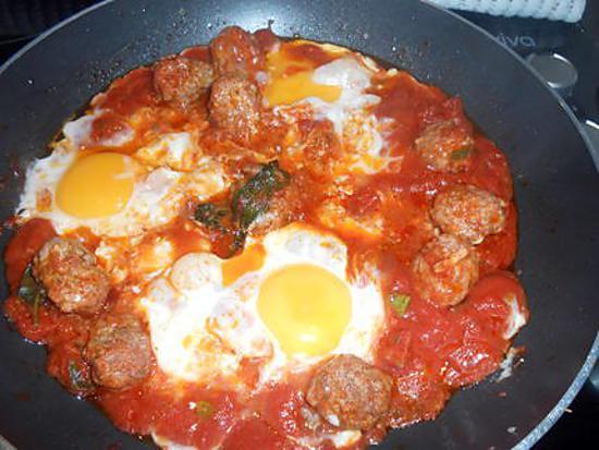 Recette de chakchouka tomates boulettes de viande et oeufs - Temps de decongelation viande ...