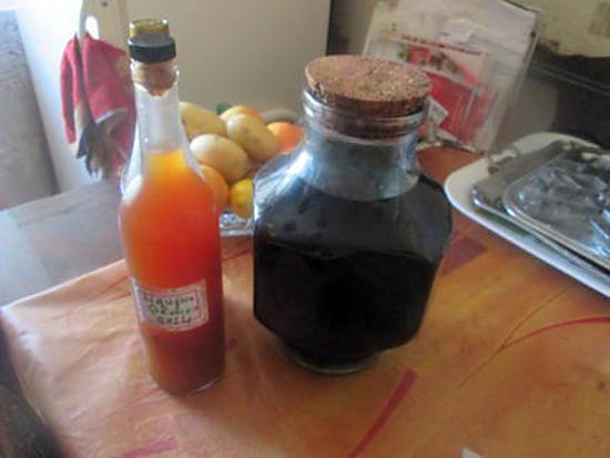 recette liqueur de peches  de jeanmerode  et  vin de pruneaux  de katceleau