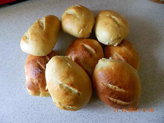 Recette de petits pains au lait extra moelleux - Recette petit pain au lait ...