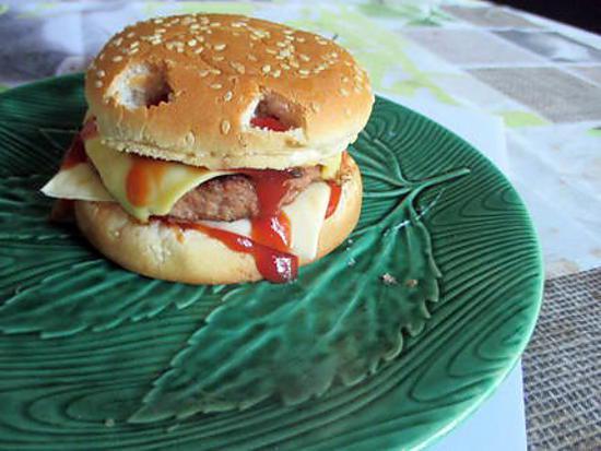 recette Burger Halloween.. JOYEUX HALLOWEEN A TOUS