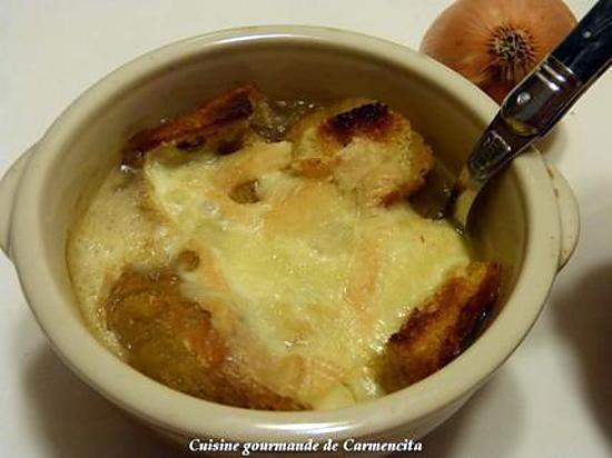 recette Soupe gratinée à l'oignon et au Munster