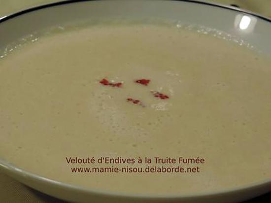 recette Velouté d'Endives à la Truite Fumée et Oeufs de Truite