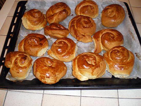 recette Petits pains briochés au chocolat.