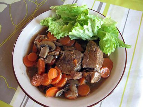 recette de boeuf carottes au bouillon de boeuf. Black Bedroom Furniture Sets. Home Design Ideas
