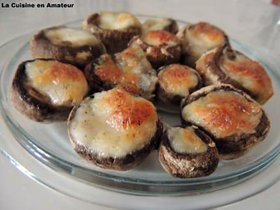 recette de champignons farcis mozzarella. Black Bedroom Furniture Sets. Home Design Ideas