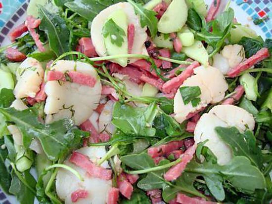 recette Salade tiède de Saint-Jacques aux lardons et vinaigre de vin de framboises - Minceur!!!