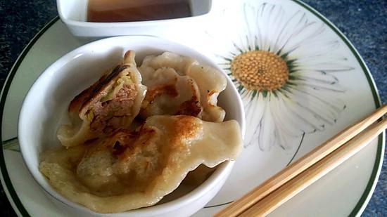 recette de raviolis chinois au porc et au poireau. Black Bedroom Furniture Sets. Home Design Ideas
