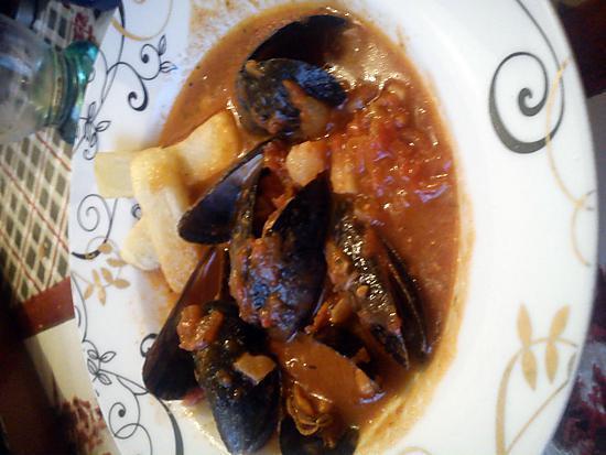 recette moules à la sauce tomate et frites