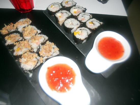 recette de sushis saumon poivron mozzarella. Black Bedroom Furniture Sets. Home Design Ideas