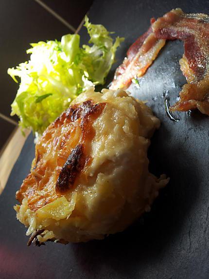 recette Fondant de pommes de terre au saint marcelin et sa chips de lard