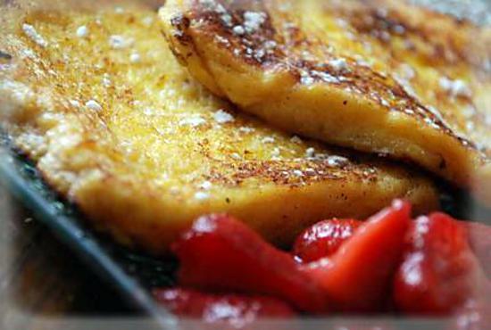 recette Pain perdu à l'orange et sa salade de fraises