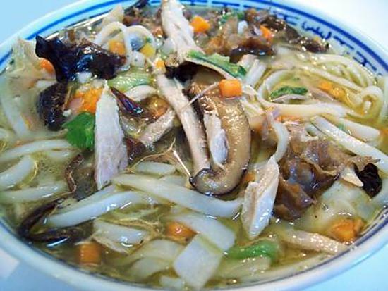 Recette de soupe vietnamienne la volaille - Recettes cuisine vietnamienne ...