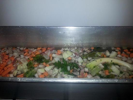 Recette de court bouillon pour poisson - Court bouillon poisson maison ...