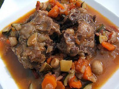 Recette de queue de boeuf l 39 andalouse - Cuisiner des carottes a la poele ...