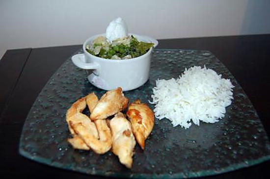 recette Ramequin de légumes verts au curry, glace coco et poulet grillé