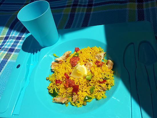 recette de salade pique nique de riz l 39 espagnole de mon papa. Black Bedroom Furniture Sets. Home Design Ideas