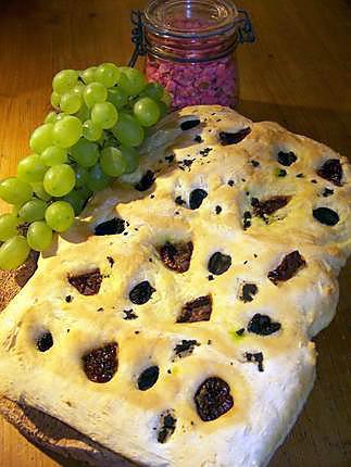 recette Focaccia au tomates séchées et olives