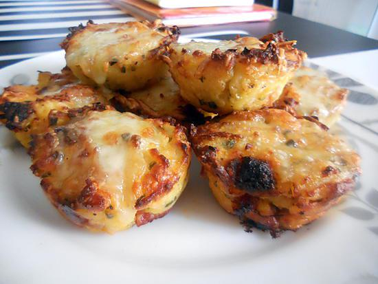 recette de muffins de pur e de pommes de terre au chorizo et au fromage. Black Bedroom Furniture Sets. Home Design Ideas