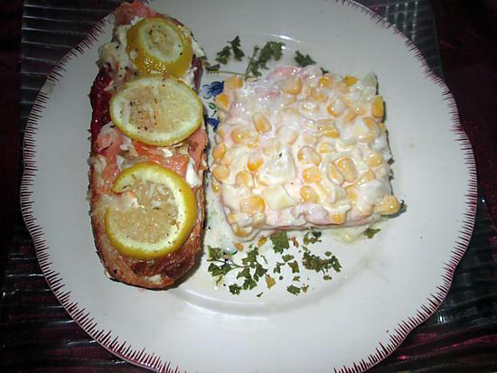 recette assiette  tartine   saumon mascarpone,,,,,,,,,,,, mais ananas, saumon,  yaourt  a la grecque