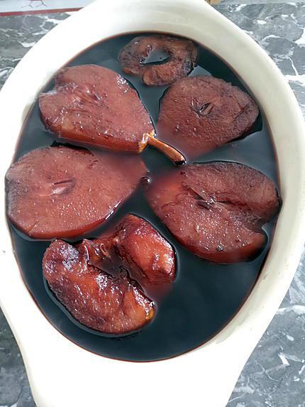recette Poires et Pommes pochées au Vin rouge et épices