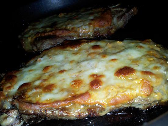 recette d 39 echine de porc gratin la moutarde proven ale et mozzarella. Black Bedroom Furniture Sets. Home Design Ideas