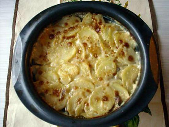 recette de gratin pommes de terre champignons. Black Bedroom Furniture Sets. Home Design Ideas