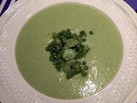 recette Vichyssoise de petits pois et de fèves à l'anis vert