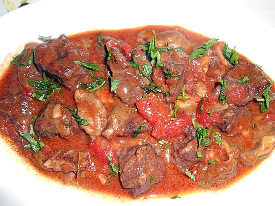 Recette de spezzatino de sanglier en daube et polenta - Comment cuisiner du sanglier ...