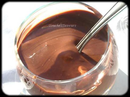 recette de cr me au chocolat de jamie oliver. Black Bedroom Furniture Sets. Home Design Ideas