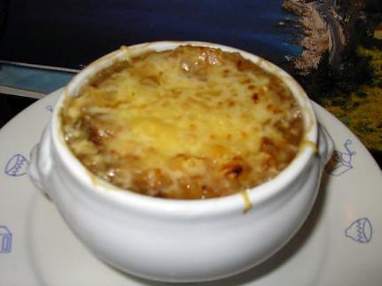 Recette de soupe a l 39 oignon gratin - Soupe a oignon maison ...