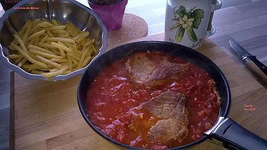recette Echine de porc à la concassée de tomate