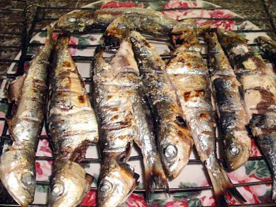 Recette de sardines grill s au barbecue - Sardine grillee au barbecue ...