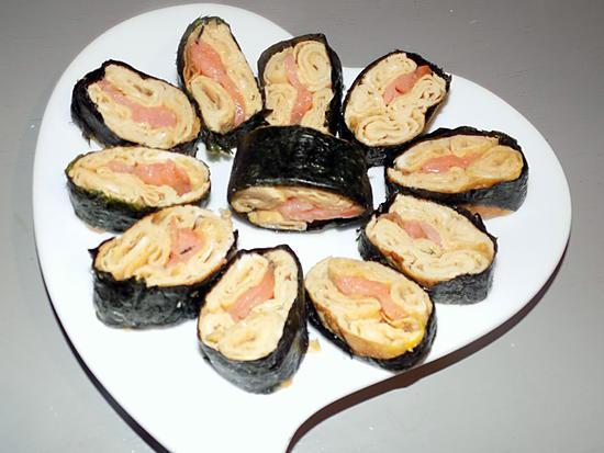 recette de maki sushi omelette japonaise au saumon r gime dukan. Black Bedroom Furniture Sets. Home Design Ideas